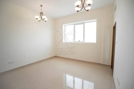 شقة 2 غرفة نوم للايجار في مجمع دبي ريزيدنس، دبي - Luxurious Tower with Spacious 2 Bedroom Apartment