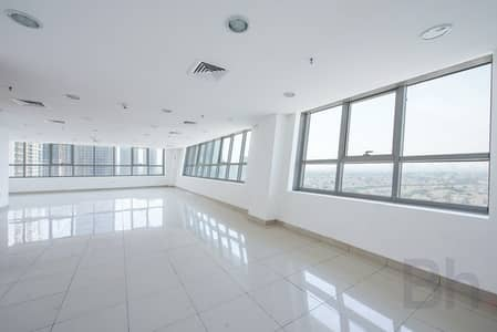 Office for Sale in Jumeirah Lake Towers (JLT), Dubai - Vacant Office | Prime Location | Metro