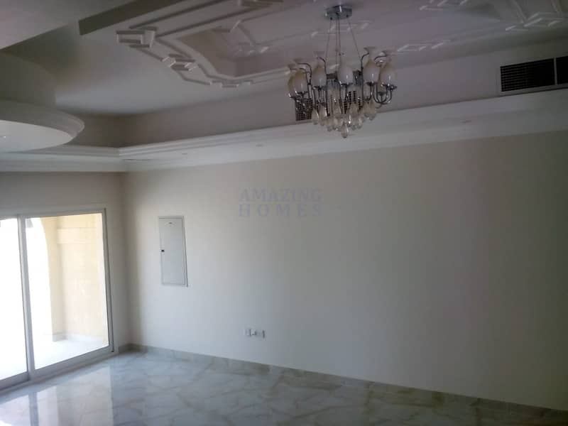 2 Spacious 4-BR Villa in Dubai Industrial Park