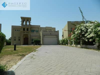فیلا 4 غرفة نوم للبيع في جزر جميرا، دبي - Elevated Cluster I Full Lake View I Vacant