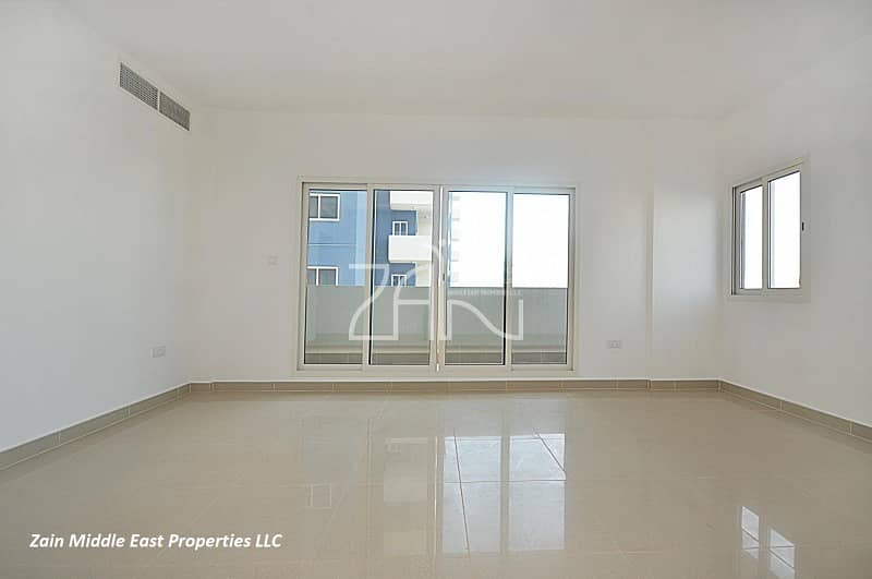 2 Best Deal 3 BR Apt Closed Kitchen with Balcony
