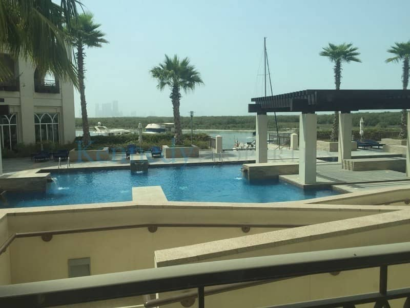2 No Agent Fees 1 bedroom with  large balcony 105k Road View
