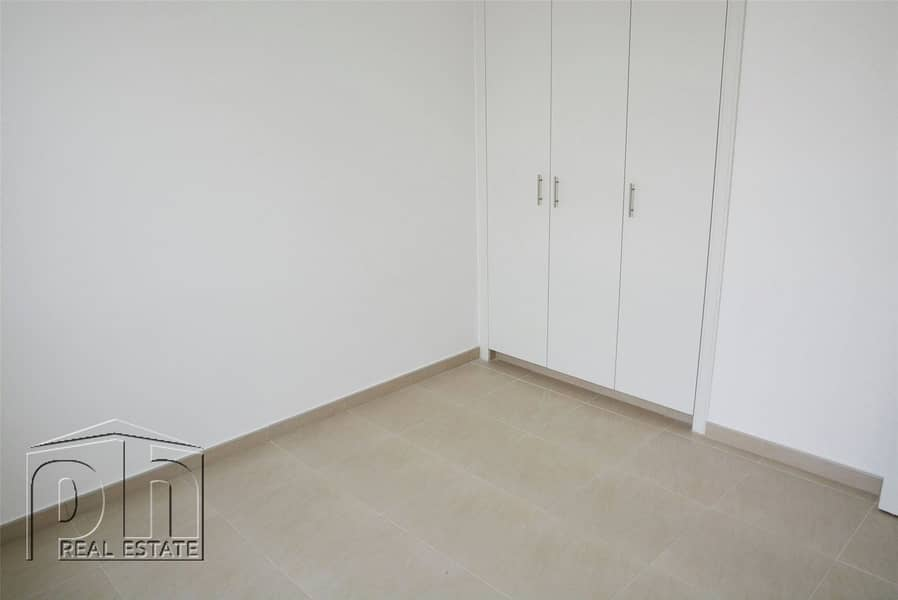 10 Beautiful 3 BR | Town Square | Available August