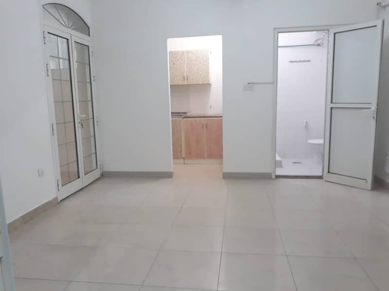 3 DAYS MAX DISCOUNT-3,400 ONLY FOR  GOOD QUALITY 1BHK W/ BALCONY. IN BEHIND AL WAHDA MALL