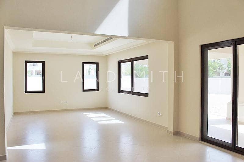 Huge 6 Bedroom Yasmin Villa | Prime Location