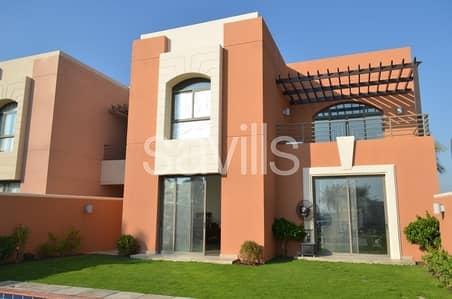 فیلا 5 غرفة نوم للايجار في مدينة بوابة أبوظبي (اوفيسرز سيتي)، أبوظبي - Spacious Five bed villa with pool or large garden in Mangrove Village