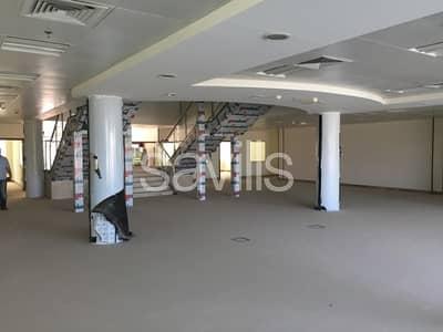 مستودع  للبيع في مصفح، أبوظبي - Excellent Specification Warehouse for sale in ICAD 2