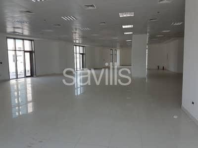 محل تجاري  للايجار في دانة أبوظبي، أبوظبي - Showroom for Rent in Danet Abu Dhabi