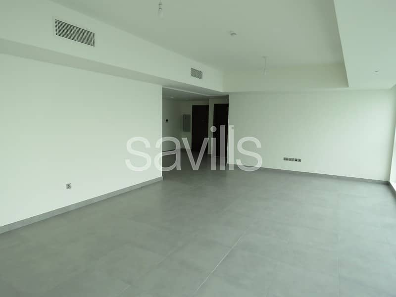 2 Large 2+Maid on Corniche with Seaview