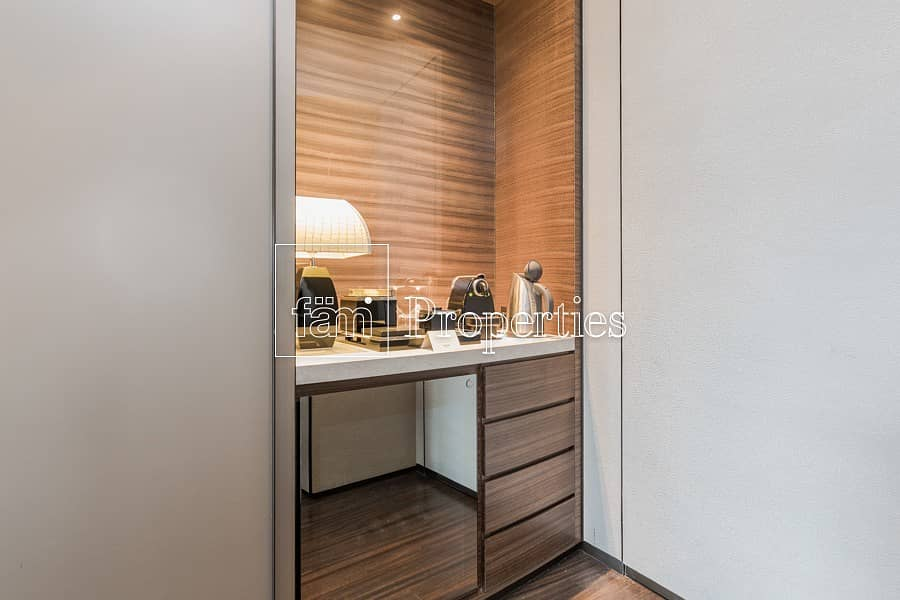 16 BLVD View! Lowest Price 1BR Armani Casa!