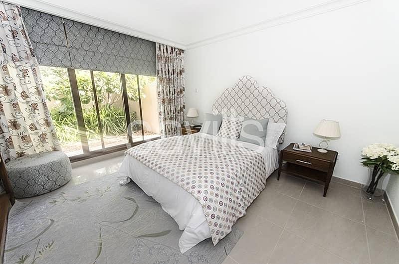 2 Unique 6 bedroom independent villa Phase 1