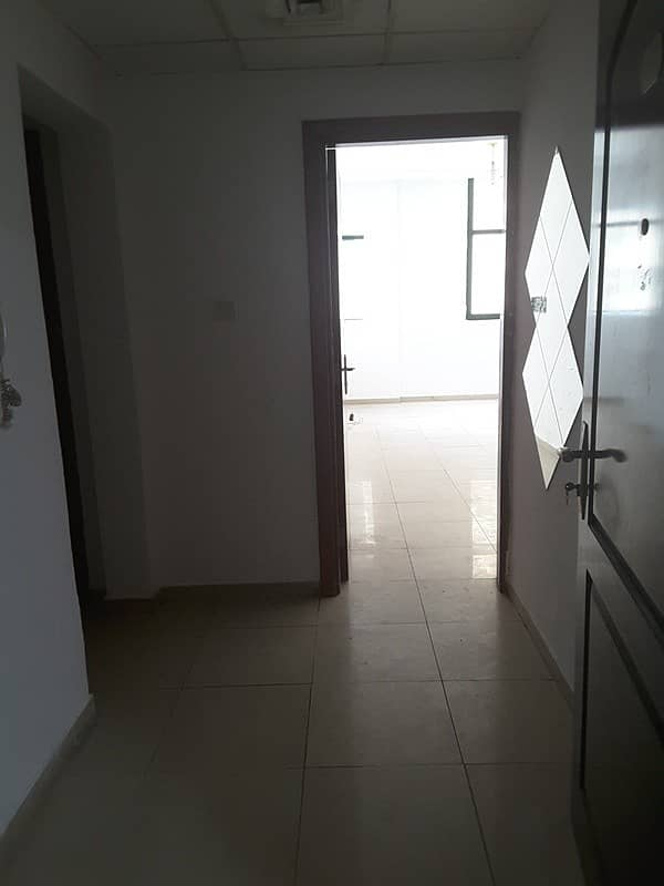 شقة في أبراج الراشدية الراشدية 1 غرف 245000 درهم - 4168423