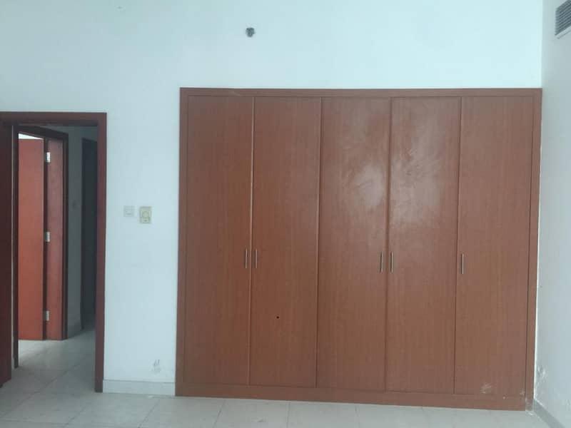 شقه غرفتين وصاله ممتازه للبيع بابراج الفالكون, اطلاله مفتوحه .