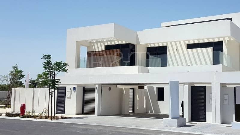 Stunning 5BR villa!! NO SERVICE CHARGE!!
