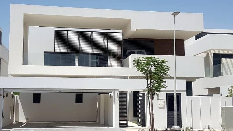 2 Stunning 5BR villa!! NO SERVICE CHARGE!!