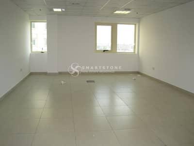 مکتب  للبيع في أرجان، دبي -   Umm Suqeim Road