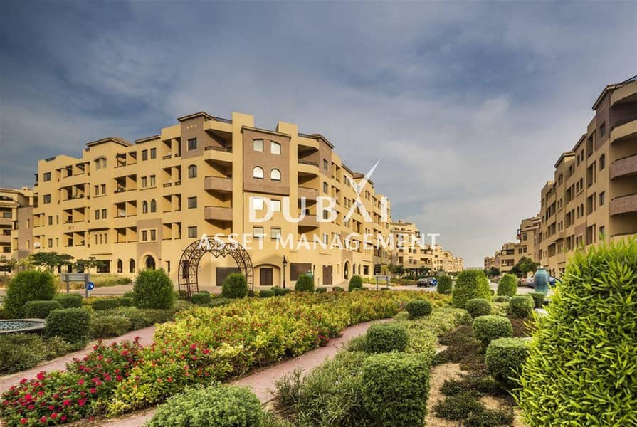 1BR apartment at Ghoroob | Pay 1 month and move in! Other attractive offers available!