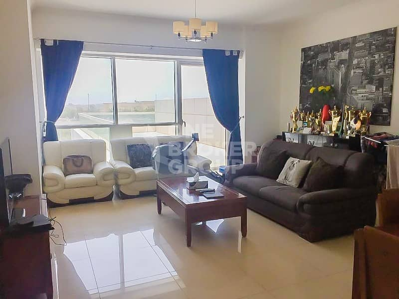 Fully Furnished 1 Bed Near Metro Station