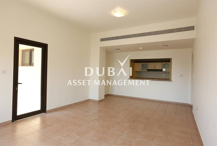 2 3BR apartment at Ghoroob | Pay 1 month and move in! Other attractive offers available!