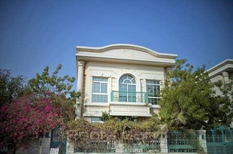 فیلا 5 غرفة نوم للايجار في جميرا، دبي - Stunning Villa Ready to Move In Jumeirah