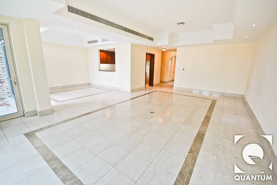 2 Best Priced Villa | Garden + Roof Terrace
