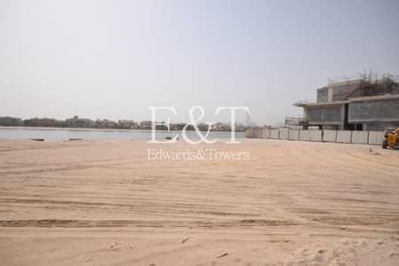 Plot for Sale in Palm Jumeirah, Dubai - Huge Signature Villa Plot | G Frond | PJ