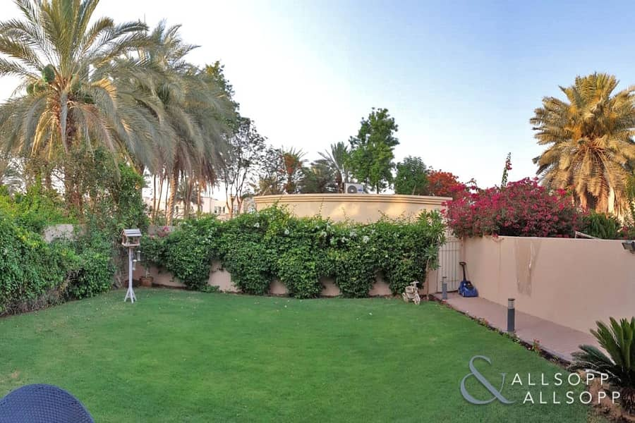 Springs 1 | 3 Bed 2E | Pool and Park View