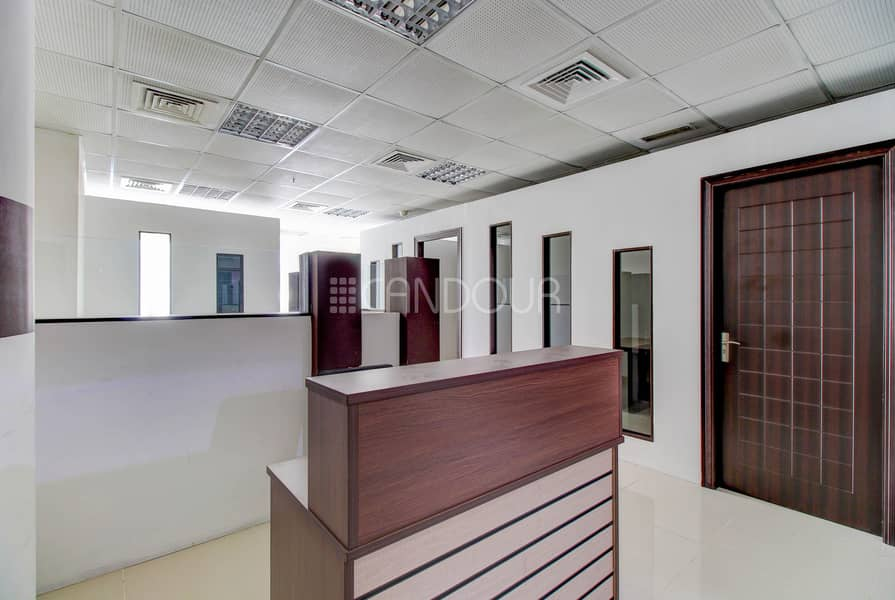 2 Impeccable Office | Ready to Move in | Near Metro