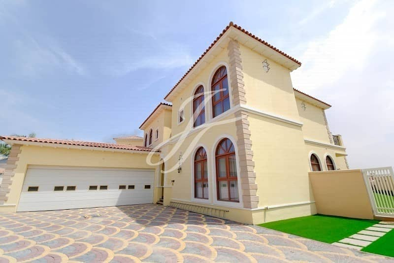 5 Bedroom- Beautiful stand alone Villa - Canal view