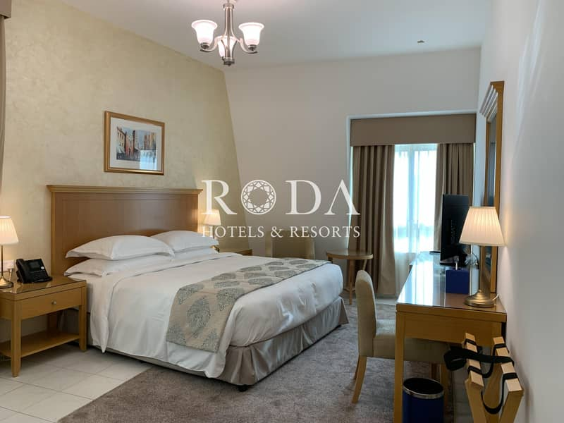 2 Maid's room|Onsite Parking| Free Wi-Fi