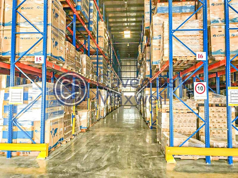 10 Warehouse with racking system - JAFZA