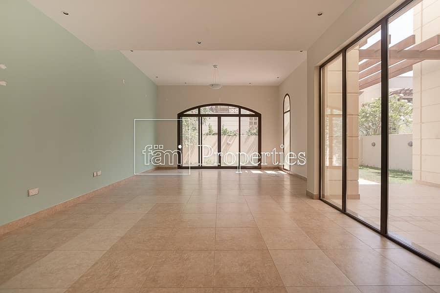 4 bedroom   Amazing Location   Al Naseem