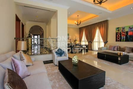 Golf Course Spacious 4 bed Maid + Driver