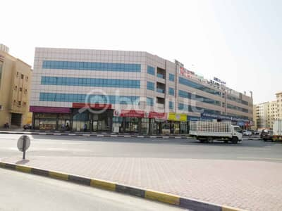 Shop for Rent in Industrial Area, Sharjah - SHOP For RENT 45K in Industrial area 15 . . 2 Month FREE . . NO Commission . . Directly From Owner