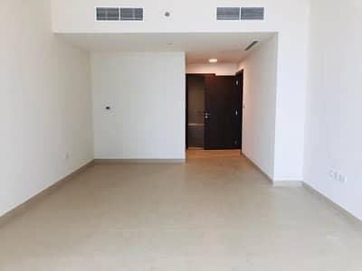 شقة 3 غرفة نوم للايجار في منطقة الكورنيش، أبوظبي - 3BR Aprt. w/ Maid's Room