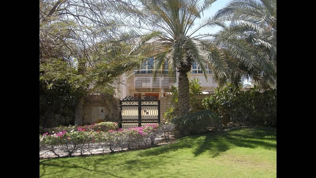 1 SAFA 2 -5 BED ROOM VILLA