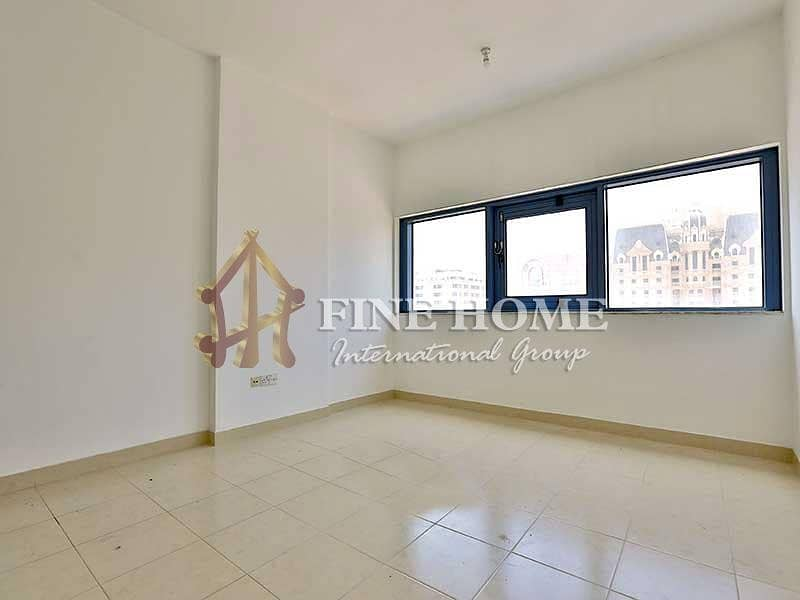 15 Organized & Spaced! 3BR Apartment