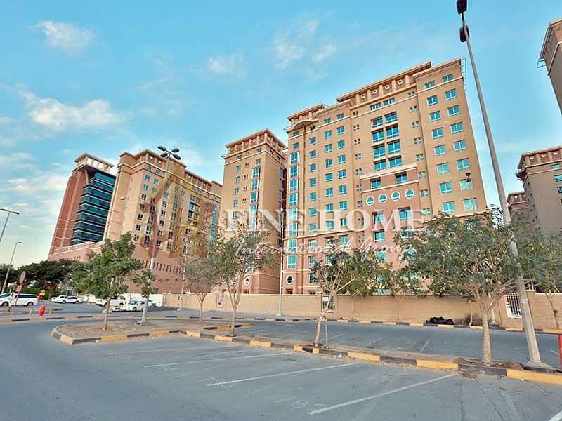 14 6BR+Pool Villa in Mohamed Bin Zayed City
