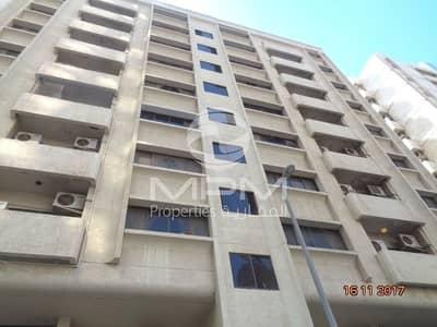 فلیٹ 2 غرفة نوم للايجار في منطقة النادي السياحي، أبوظبي - 2 Bedroom Apartment available in Tourist Club