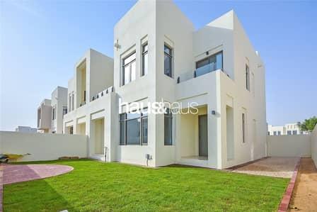 فیلا 3 غرفة نوم للايجار في ريم، دبي - Opposite pool | Landscaped garden | Type J