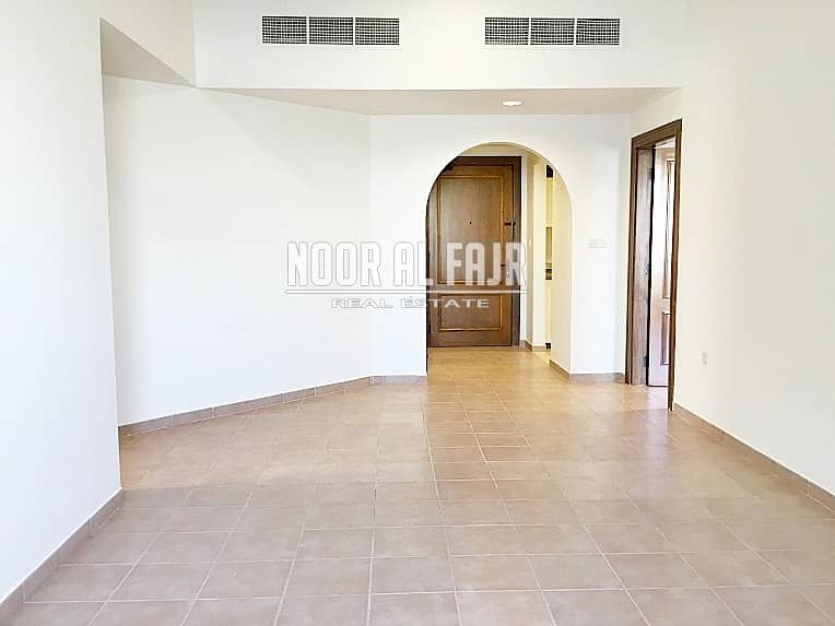 Beautiful 2 bedroom 1month free no commission in Ghoroob