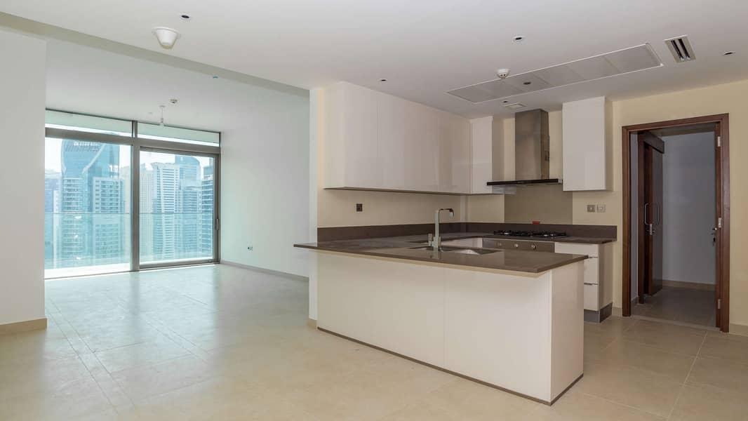 2 Stunning High Floor Apartment at Marina Gate 2