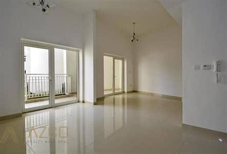 فلیٹ 2 غرفة نوم للايجار في قرية جميرا الدائرية، دبي - Pool View 2BR-Duplex with Private Garden .