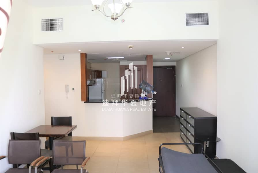 2 Stunning Lake View | Fully Furnished | Balcony