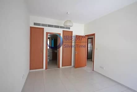 1 Bedroom Flat for Rent in The Greens, Dubai - Cheapest price Swimming Pool view  apartment