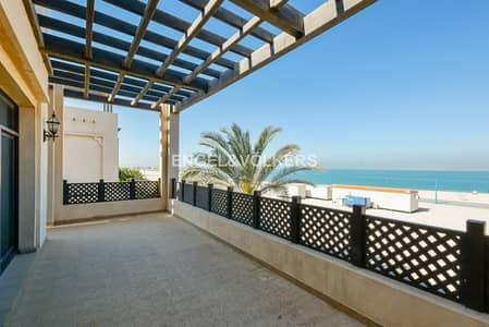 5 Bedroom Villa for Rent in Jumeirah, Dubai - 13 Months Contract   Villa with Beach access