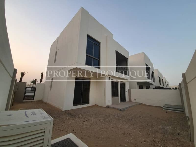 Brand New 4 Bed  Type 4   Close to the Pool