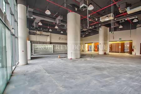 محل تجاري  للايجار في برشا هايتس (تيكوم)، دبي - Prime Retail in Barsha Heights   Excellent visibility