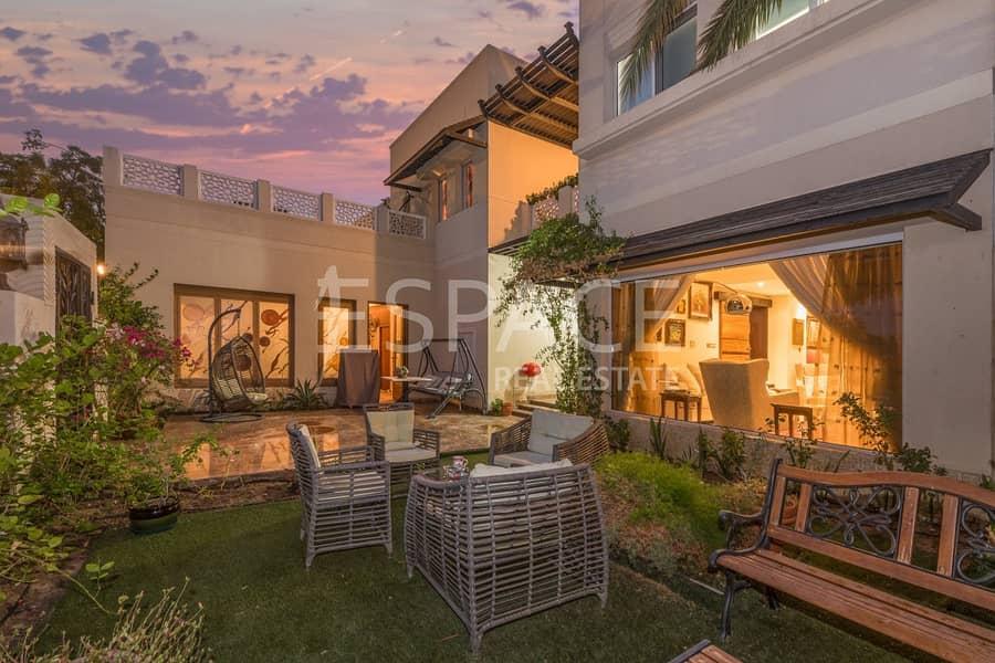 2 Stunning family Villa in Prime Location