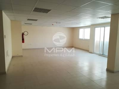 Office for Rent in Al Khan, Sharjah - Spacious office space in AL Khan Main Road